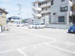 徳島文理大学 月極駐車場
